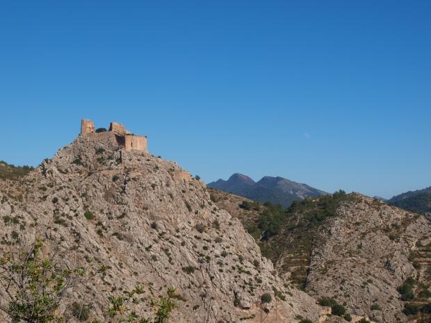 al fondo el Triásico inferior, (Desierto de las Palmas)